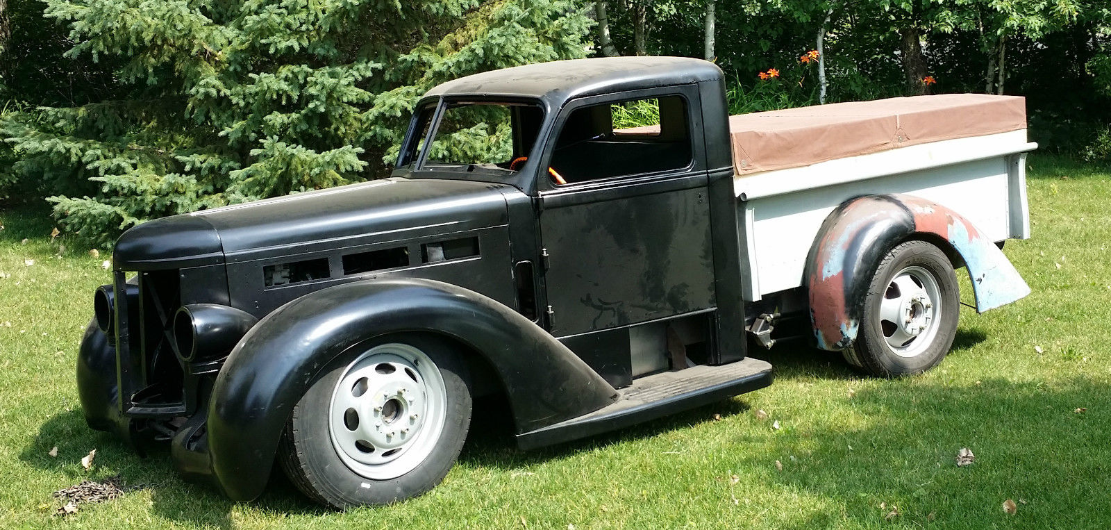 1939 Diamond T 509 Deluxe Cab Custom Pick Up For Sale