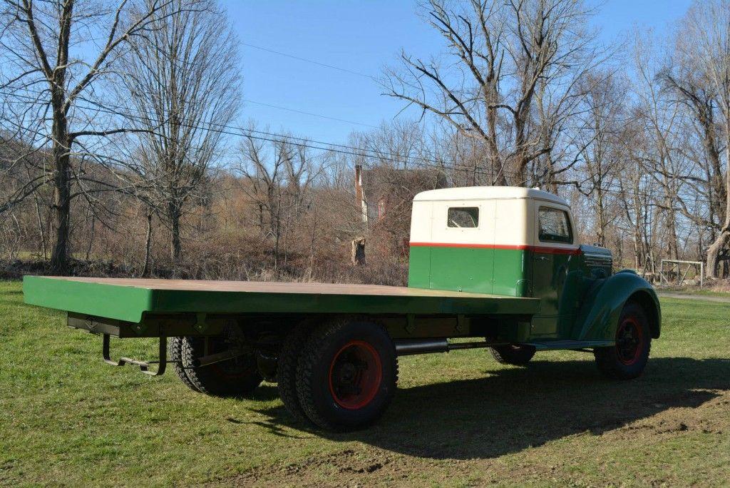 1938 Diamond T 306 Farm Truck