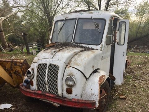 1966 Divco Milk Truck – A great restoration project for sale