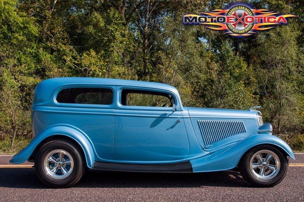 GREAT 1934 Ford Sedan Street Rod