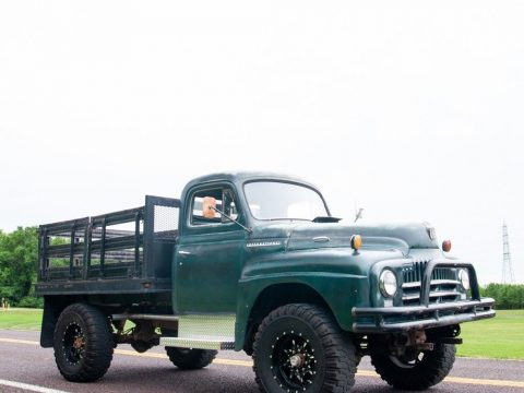 1951 International Harvester L 162 4×4 Stake Bed Truck for sale