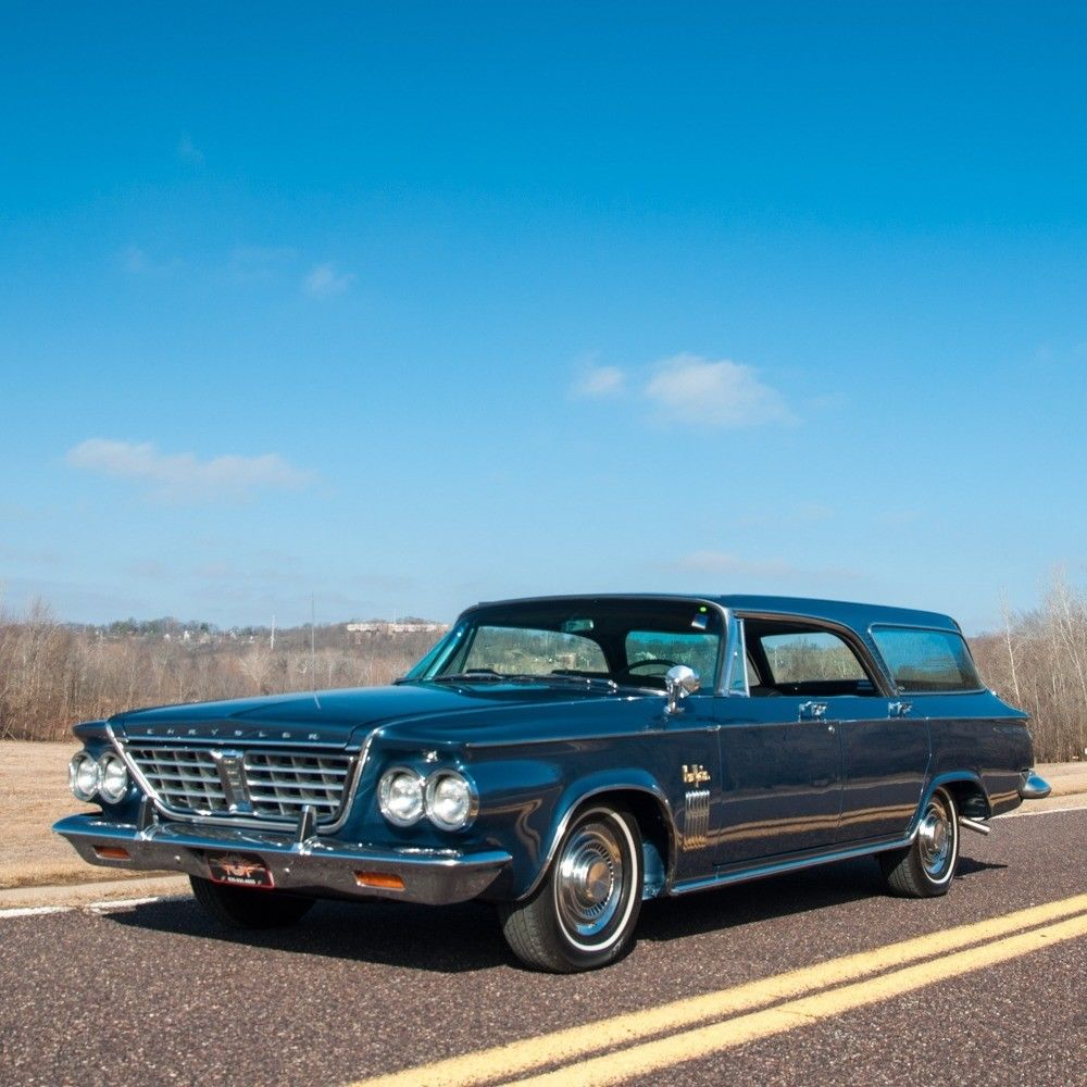 1963 Chrysler New Yorker Town & Country Hardtop Wagon